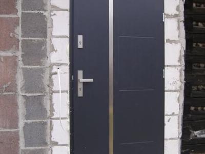 drzwi zewnętrzne 16