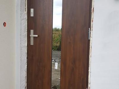 drzwi zewnętrzne 13