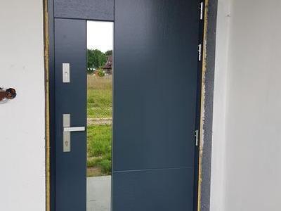 drzwi zewnętrzne 3